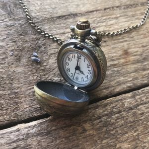Jewelry - Pocket Watch Pendant Necklace